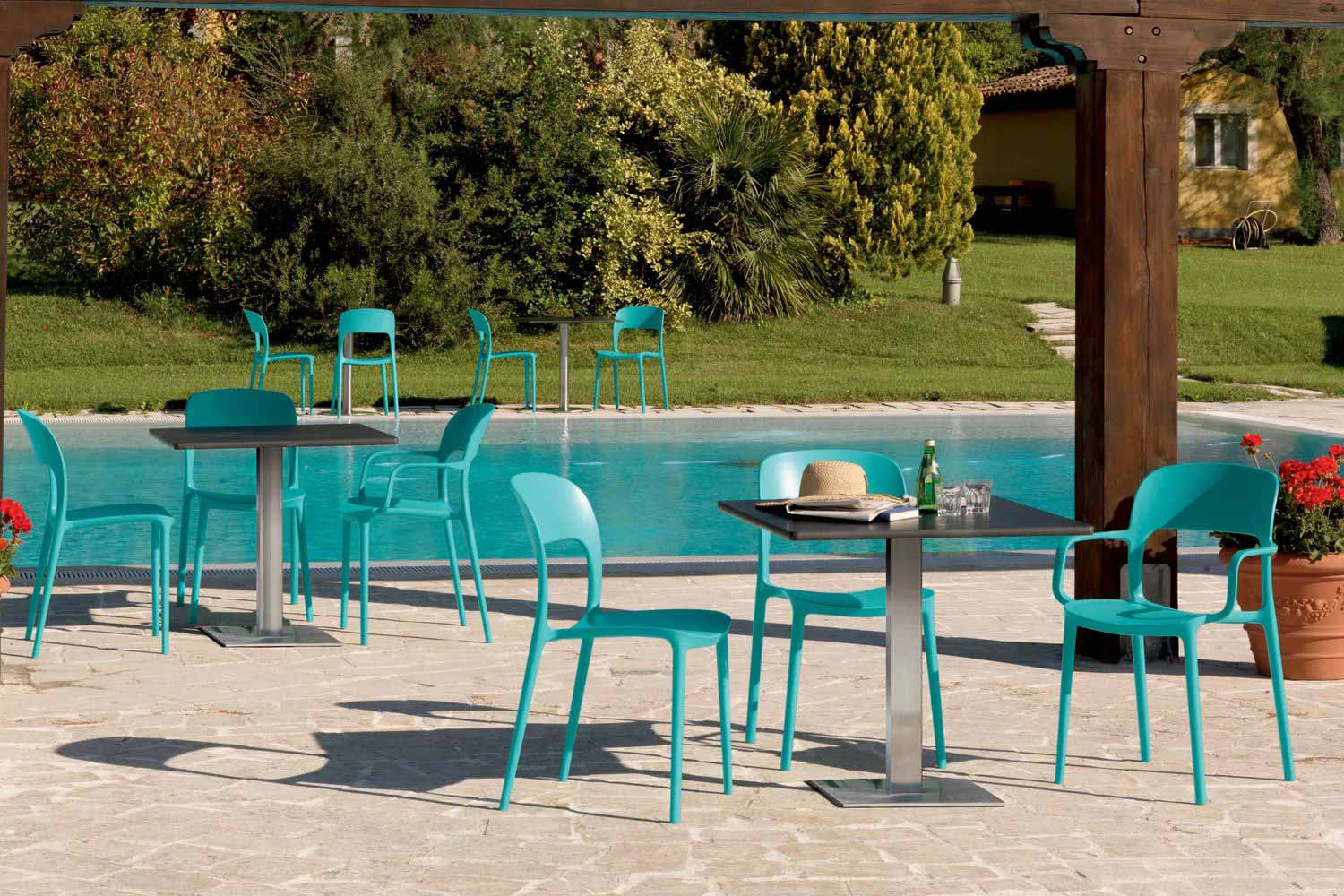 gipsy-chaise-en-polypropylène-turquoise
